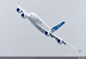 Airbus réduit les cadences de production de ses programmes A380 et A400M