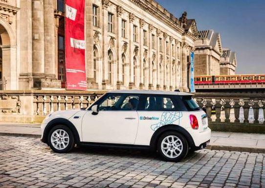 BMW et Daimler vont fusionner leurs services de mobilité