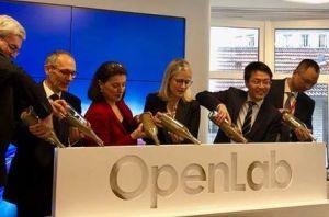 Huawei inaugure un incubateur d'innovations technologiques à Paris