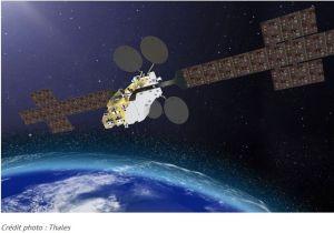 Eutelsat, Orange et Thales : un satellite pour apporter le très haut débit partout en France