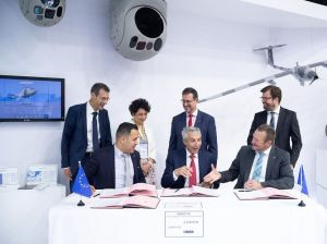 Safran, Hensoldt et Mades coopèrent sur le projet de système d'observation optronique du futur drone MALE Européen