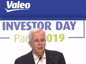 Valeo compte surperformer de 5 points le marché automobile