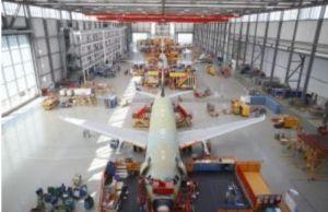 Airbus réduit ses cadences de production d'un tiers