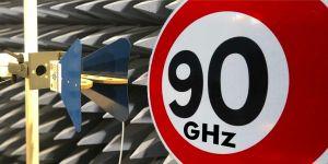 Des mesures atteignant 90 GHz pour les laboratoires Emitech