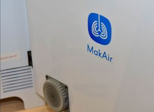 Le ministère des Armées soutient le développement du respirateur artificiel MakAir