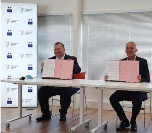 L'Agence de l'innovation de défense signe un accord de coopération avec le CNRS