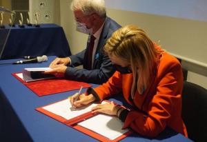 Signature du contrat stratégique de filière Solutions Industrie du futur