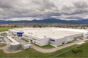 Leoni célèbre l'ouverture officielle de sa quatrième usine en Serbie