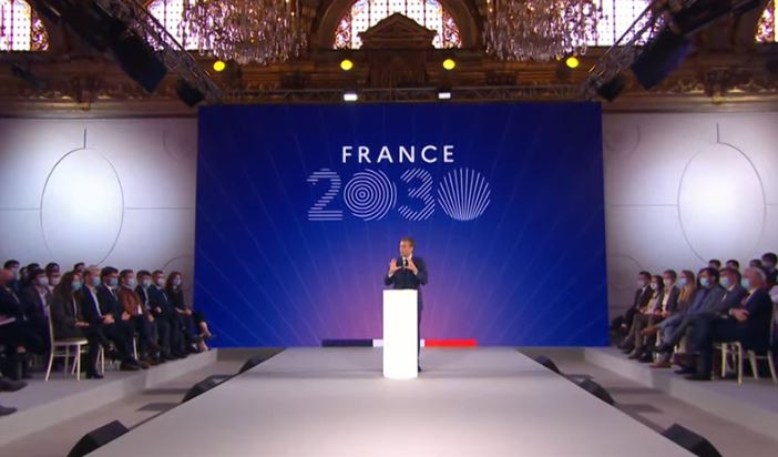 Plan « France 2030 » : Macron veut 6 milliards d'euros d'investissements dans les composants